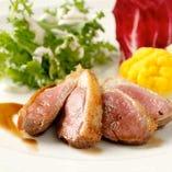 フランス産シャラン鴨のロースト オーガニックマスタードソース