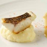 天然鮮魚の自家製ハーブ塩グリル