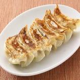 焼き餃子 新鮮素材の味(6個)