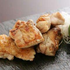 大和肉鶏もも肉の炭火焼
