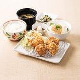 鶏の唐揚げ膳(選べる小鉢つき)