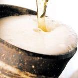 陶器で冷やした生ビールもおすすめ!