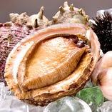 ◆厳選の活アワビ 当店自慢の鮑をまるごと使用したコース料理