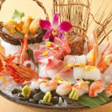 蟹と魚介のお造り盛り合わせ