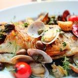 お魚は長浜魚市場の鮮魚を使用しております。