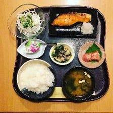 日替わり焼きor煮魚定食