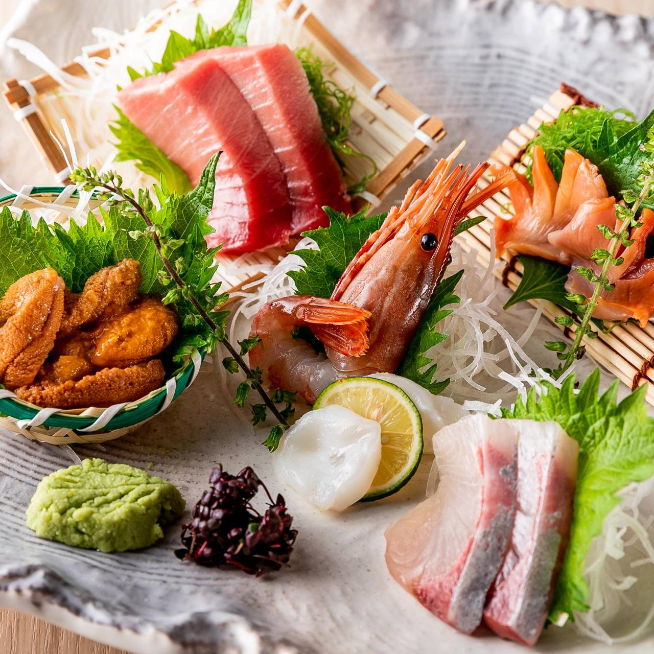 毎朝仕入れる鮮魚をこころゆくまで