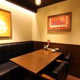 【テーブル席】ご利用人数に合わせたお席のご用意をいたします