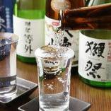 全国から厳選した日本酒をご用意!※地域により品揃えが異なります