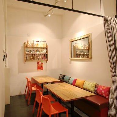 ピッツェリア クォーレルディーノ  店内の画像