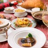 五感を刺激する彩り 豊かなコース料理をご用意