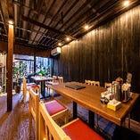 【テーブル半個室/10名様まで】隠れ家的なおしゃれ空間で本格エスニックを堪能