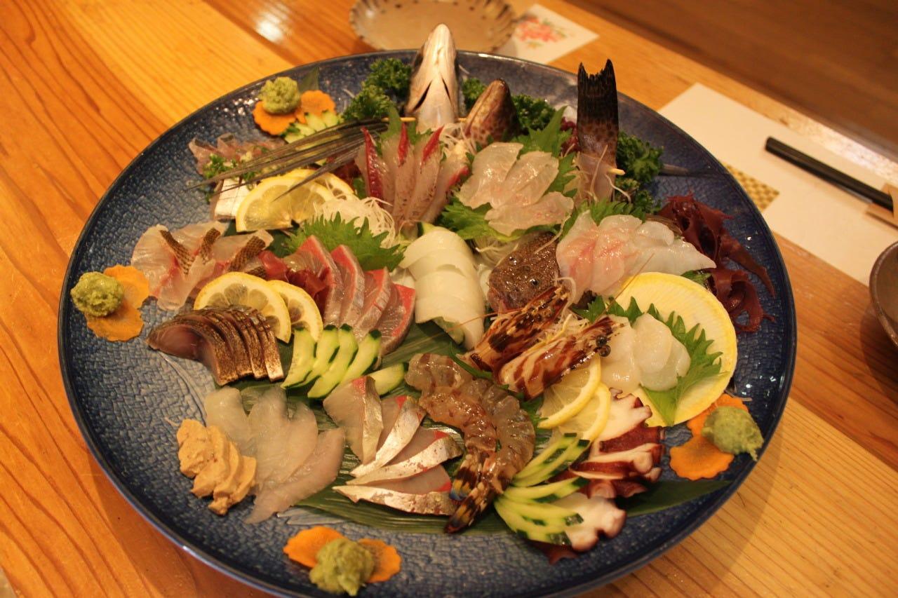 長崎近海の魚種豊かで新鮮なお刺身