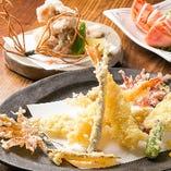 旬の食材の、旨味を生かしたお料理をお楽しみ下さいませ。