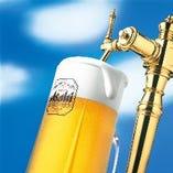 ビールはもちろん、各種アルコールも豊富にご用意しております!