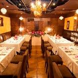 同ビル系列レストラン、スコール。20名様~最大40名様の貸切が可能。
