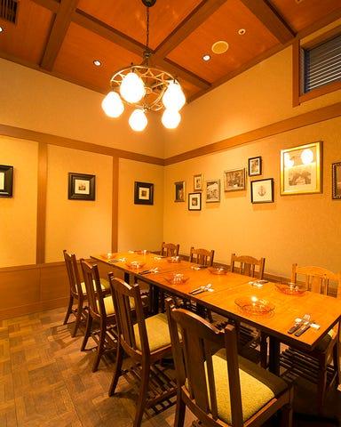 イカリヤ食堂 大阪 店内の画像