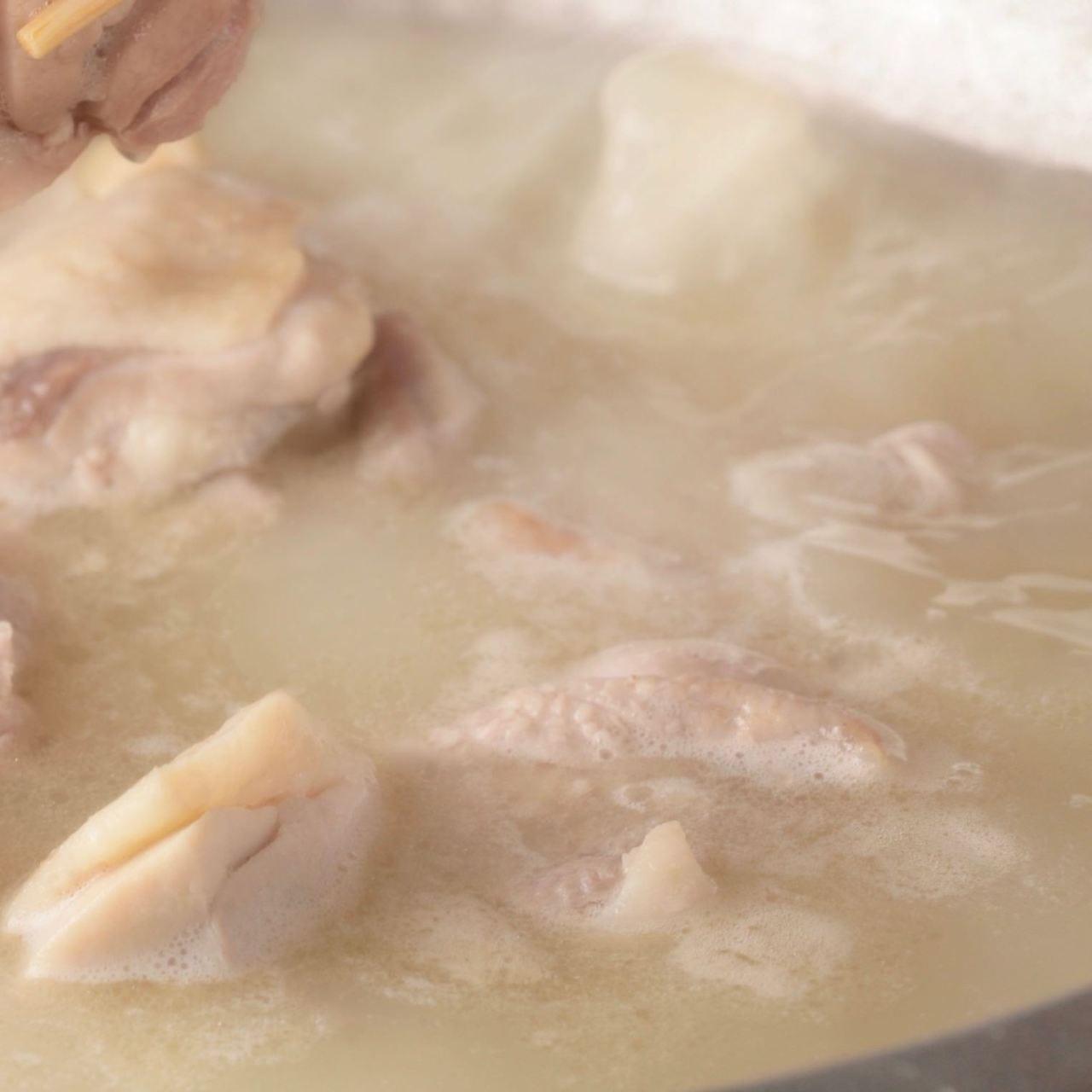 9時間仕上げの濃厚スープ