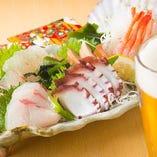 【鮮魚】 魚介はその日に仕入れたものを使うので新鮮そのもの