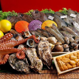 全国各地から仕入れる旬のお魚も美味