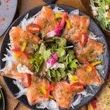 厳選された鮮魚とお肉が美味しいお店です!