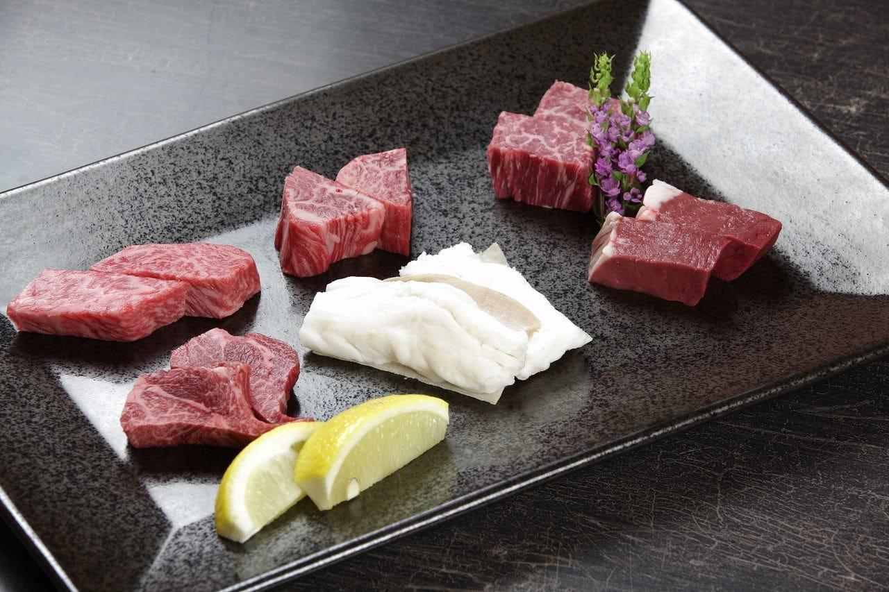 やきにく 肉料理 鶴屋