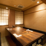接待にお奨めのこちらのお部屋はその名も信長!8名様迄の個室。