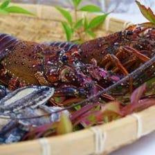 地元魚介類と四季折々の素材を大切に