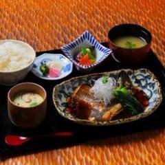 本日の煮付け魚膳(数量限定)