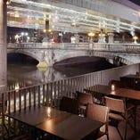 [夜景、川床] おしゃれなテラス席で日本橋を眺めながらお食事