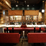 おしゃれな空間で食べる料理とお酒は最高!