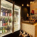 【日本酒専用の冷蔵庫】 ファンにはたまらない銘柄がズラリ!