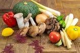 産地、食材にこだわり、選び抜いたものを提供致しております。