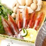 四季折々の魚介類が漁港直送で届けられる。