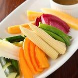 ≪ 有機野菜のバーニャカウダ ≫