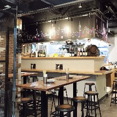バル&ロティサリーチキン Rotis&series 茅場町店