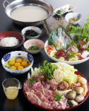 【鶏豆乳コラーゲンスープ】コース 2500円税別 (先付、鶏豆乳鍋、大皿造り、うどんまたは雑炊)