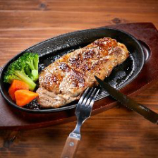 ボリューム◎多彩なお肉料理を満喫