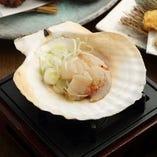 北の海の恵み!市場直送の旬の魚介類をご提供【青森県】