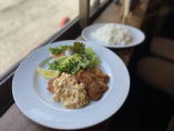 若鶏もも肉のチキンカツ 自家製タルタルソース
