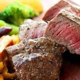 軽いおつまみから、しっかりとした料理まで幅広くご用意