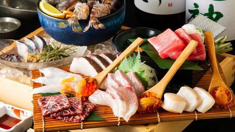 厳選された四季折々の鮮魚を楽しむ