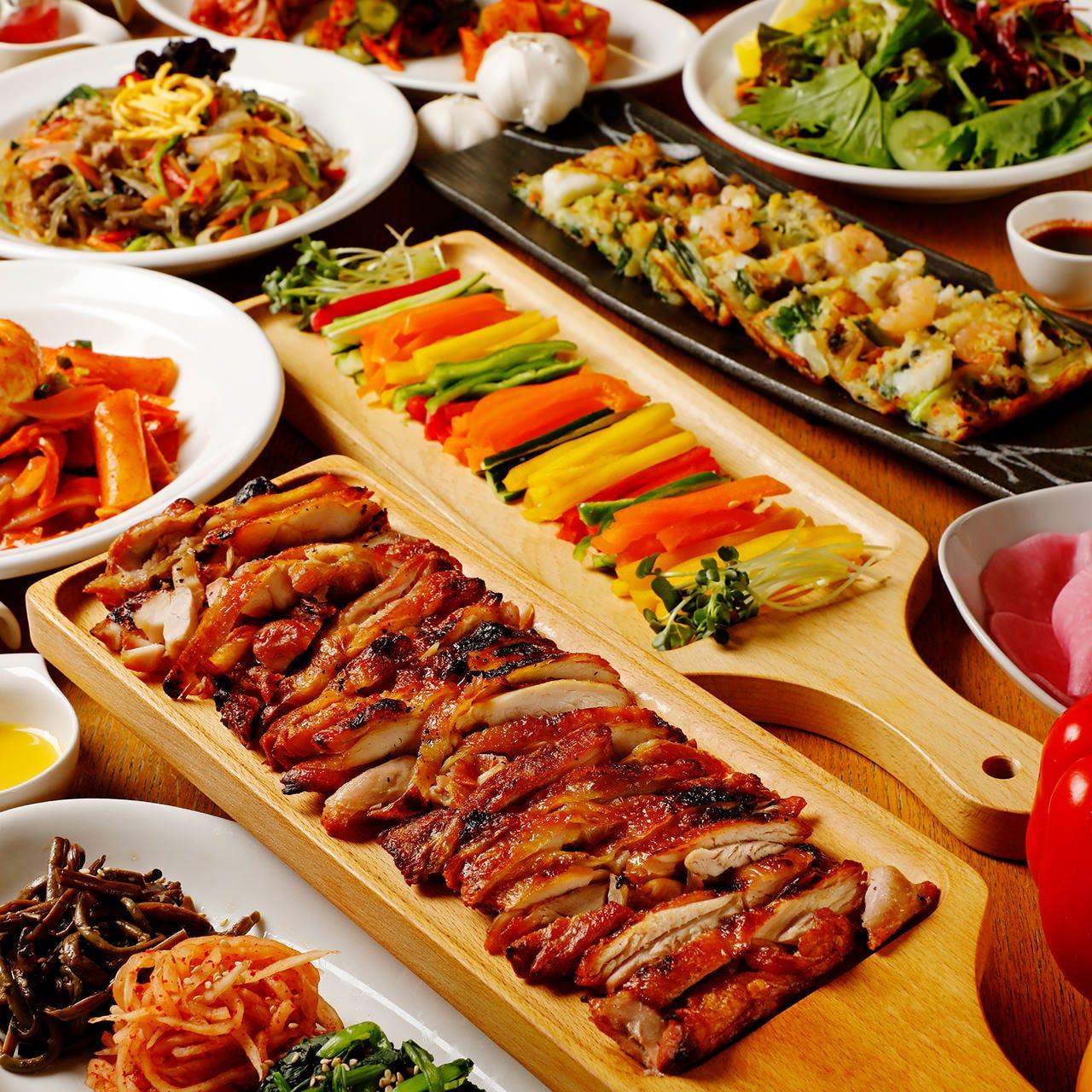 120分飲み放題付!チャプチェや海鮮チヂミなど韓国料理♪選べるサムパセット『サムシセキコース』全8品