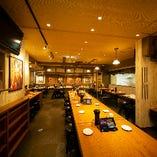 【中央テーブル席/2~16名様】大衆酒場の雰囲気を満喫!大小宴会におすすめです