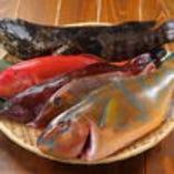 沖縄各地で水揚げされた鮮魚を市場から直送してもらってます!