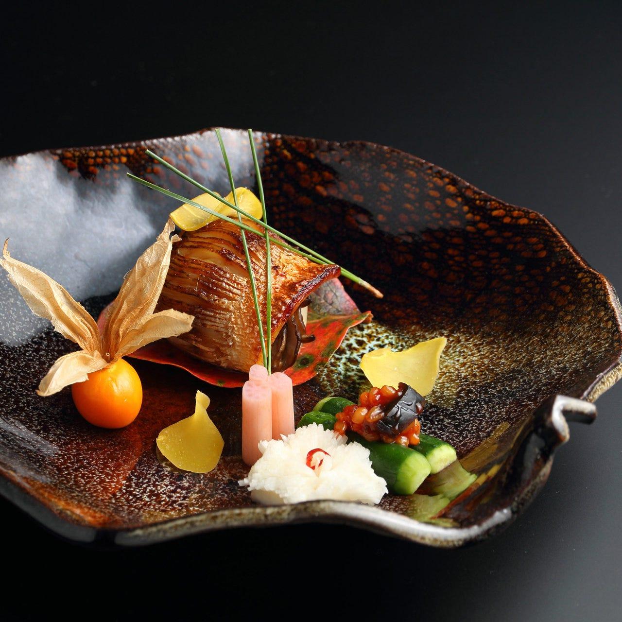上質な食材が器を美しく鮮やかに彩る