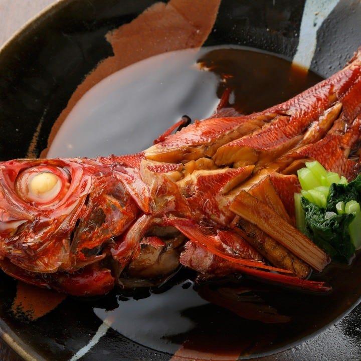 しっかり味を染み込ませた「本日の煮魚」をぜひご堪能ください