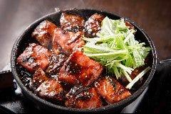 濃厚味噌 特上ぶつ切り肉鍋