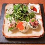 大人気の庄九郎ランチ!! 三種類の創作寿司は15食限定!! ディナーだけでなくランチでもお楽しみ頂けます♪