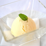名古屋コーチン卵アイス